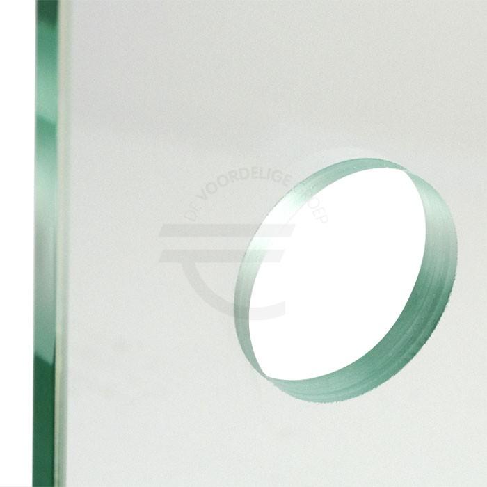 Rond gat in het glas